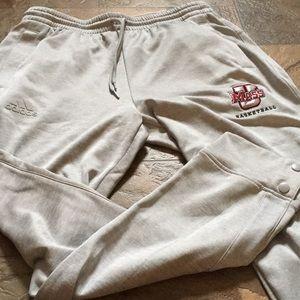 Adidas men's large New w/o tags UMASS sweats.